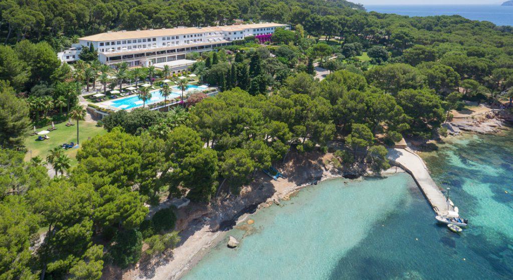 Barcel formentor h tel un lieu idyllique luxe infinity for Barcelo paris hotels