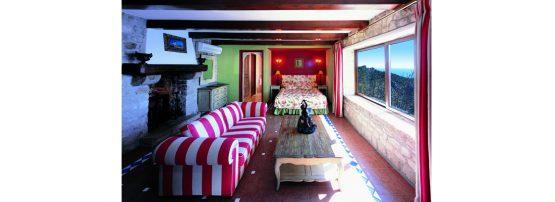 chèvre-or-bedroom