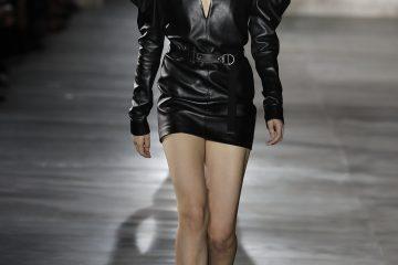 Fashion Week Parisienne, défilés prêt-à-porter féminin Printemps-Eté 2017. 1