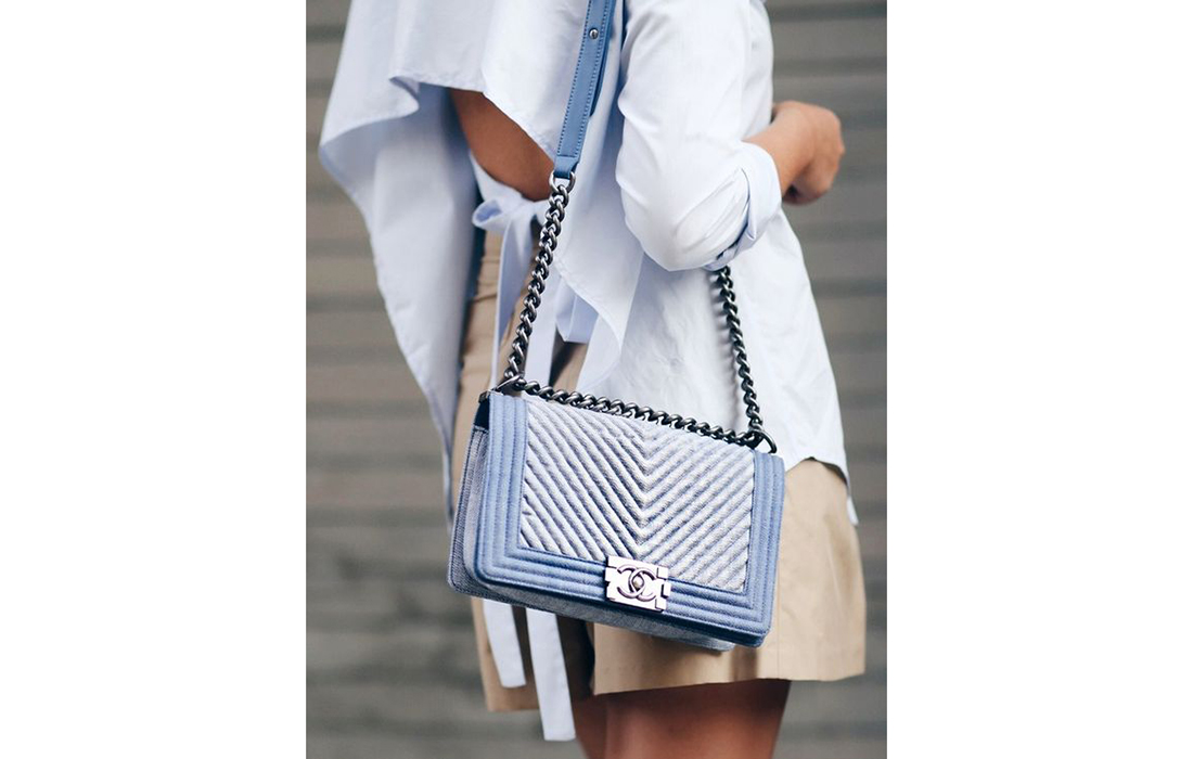 Le sac Boy de Chanel, un must dans le dressing des femmes