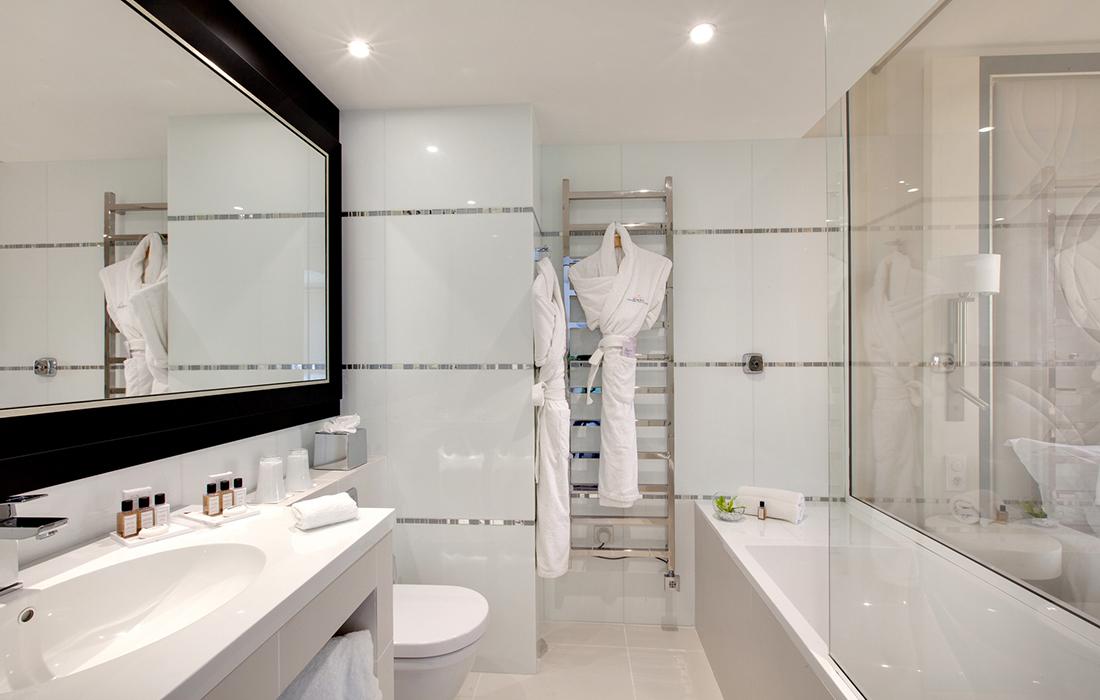 Hotel-Salle de bain 1-3J - Magazine lifestyle luxe