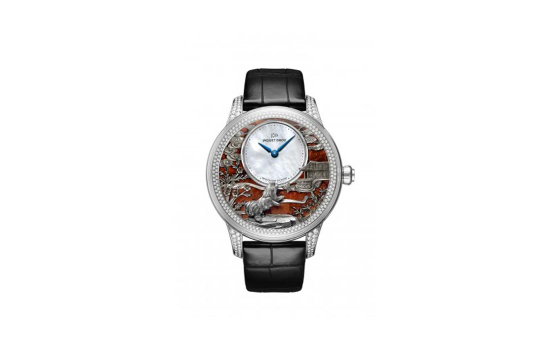 Nouvel an chinois: le Chien de Terre mis à l'honneur par les manufactures horlogères