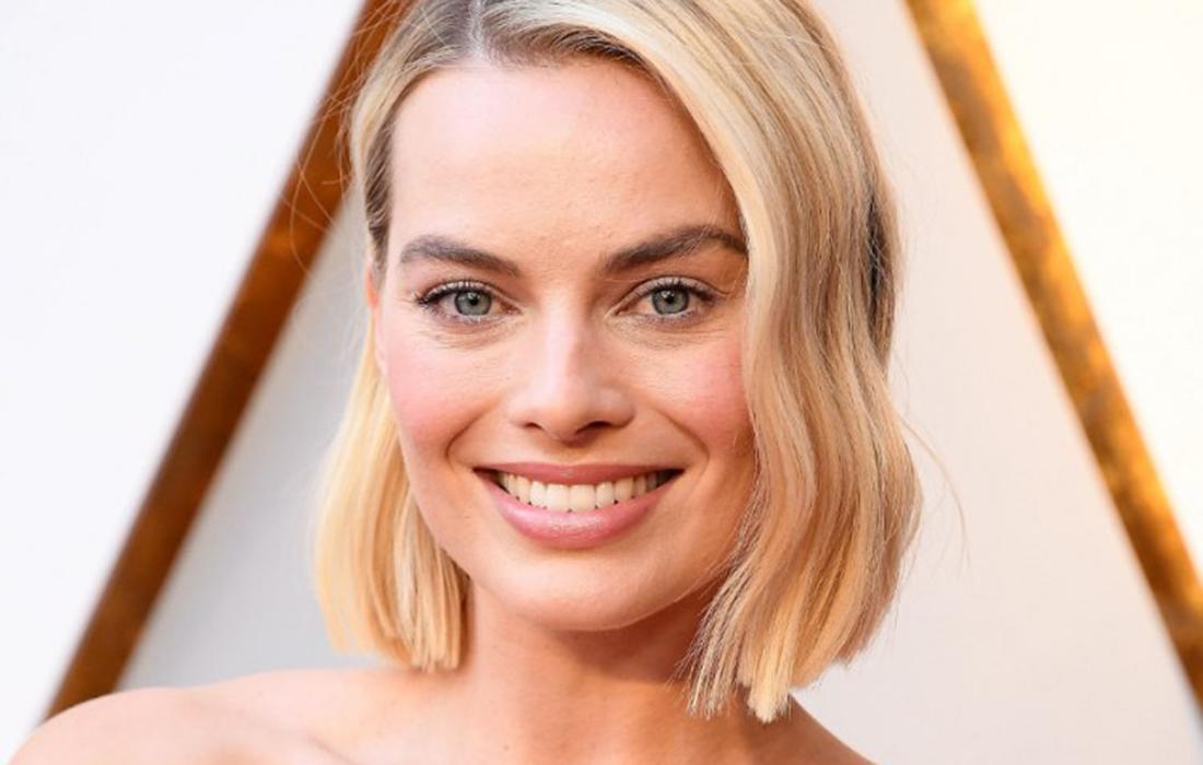 Chanel a choisi Margot Robbie pour représenter sa collection «Coco Neige»