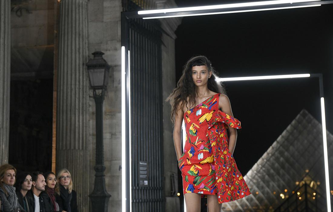 Le temps et l'espace, mis à l'honneur dans la collection femme Louis Vuitton Printemps – Eté 2019