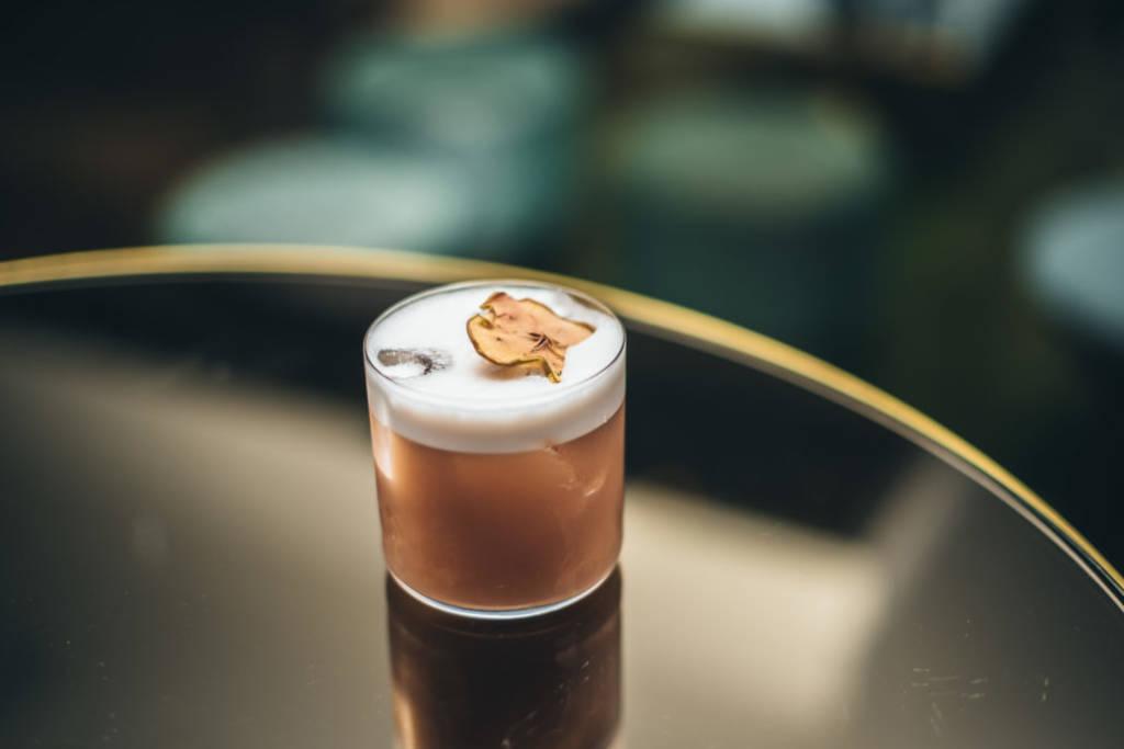 Le-Dandelyan-de-Londres-élu-meilleur-bar-à-cocktails-monde