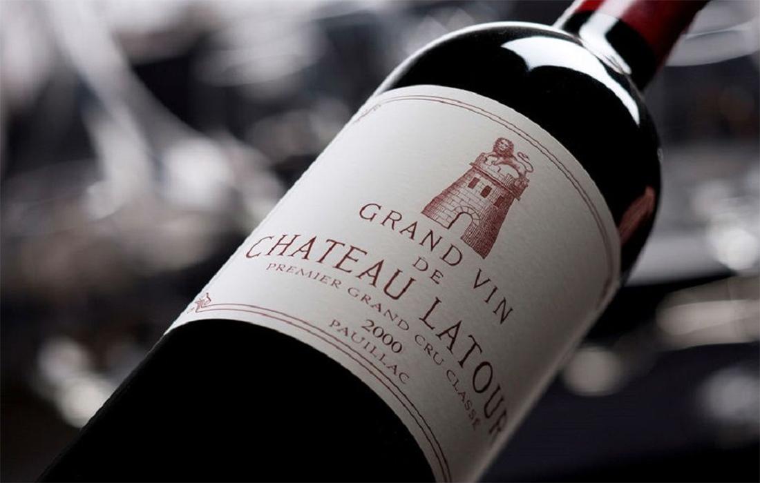 Le-premier-grand-cru-classé-certifié-bio-le-Château-Latour-rouge