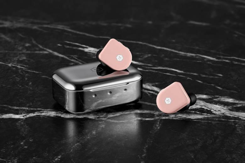 La maison New-Yorkaise Master & Dynamic dévoile des écouteurs sans fil de très haute qualité sonore
