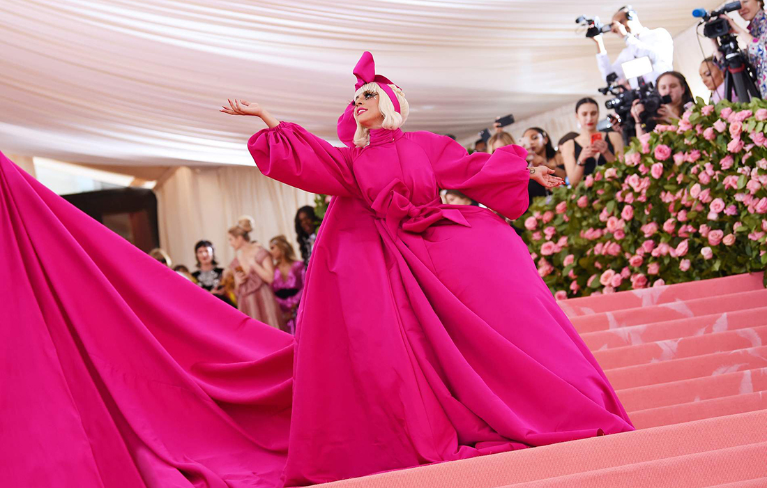 Lady gaga robe met gala 2019