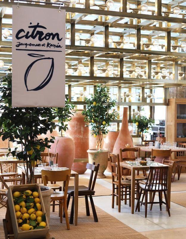 Simon Porte Jacquemus x Caviar Kaspia, une collaboration qui a donné fruit au Café Citron