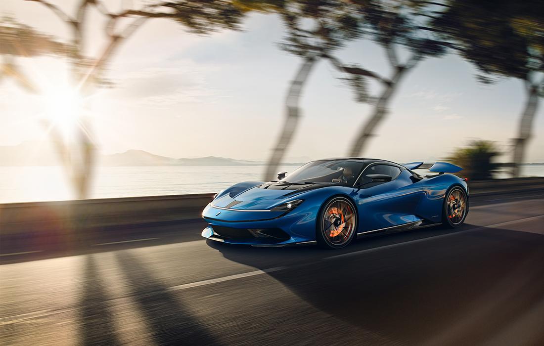 une supercar électrique très puissante et performante