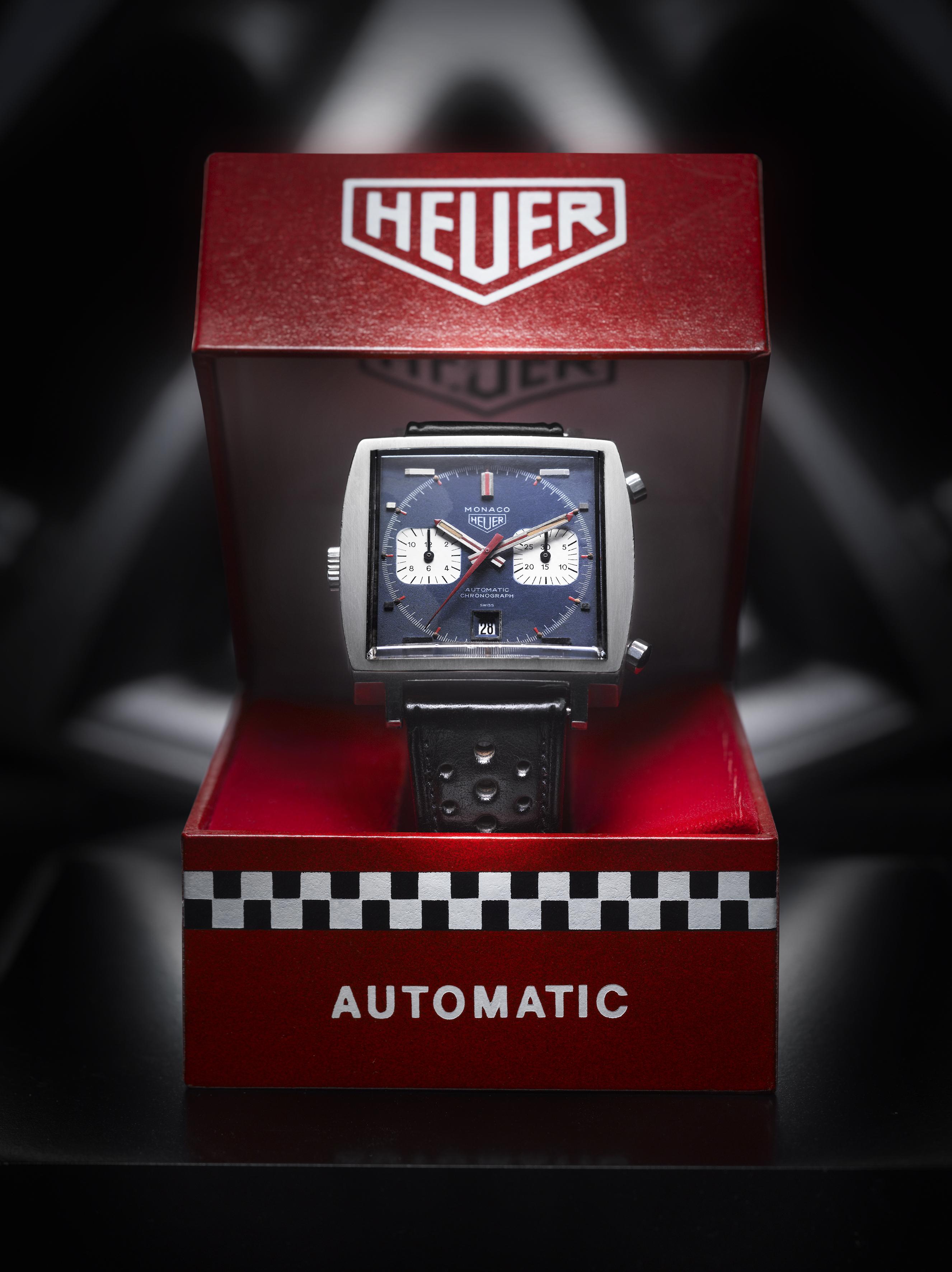 3.La montre Monaco de 1969 dans son écrin d'origine.