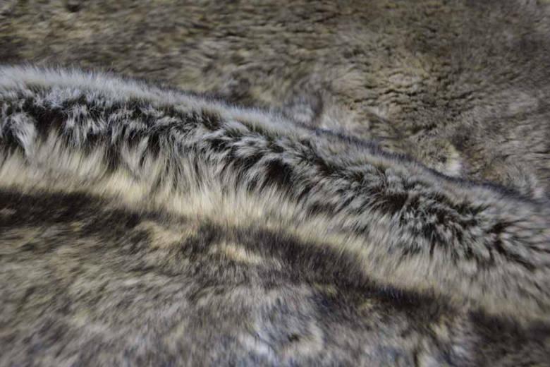 Le groupe de luxe Prada laisse l'utilisation de la fourrure animale dans le passé