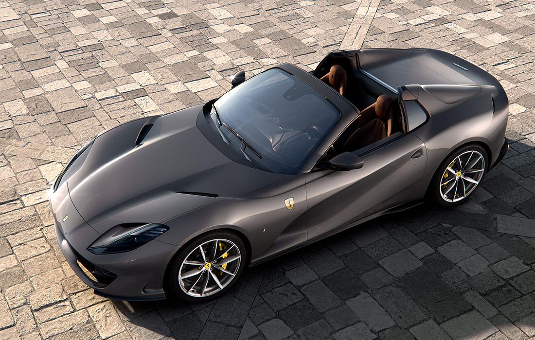 Ferrari dévoile sa 812 GTS Spider V12
