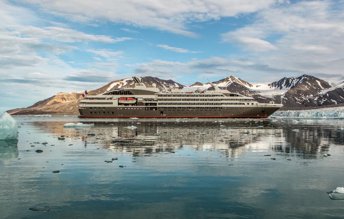 Le Boréal : un yacht de luxe sobre mais élégant