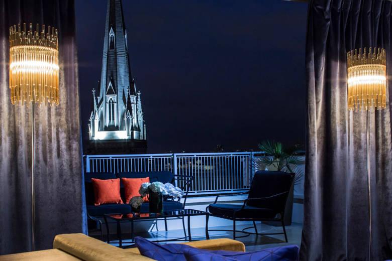 Hôtel de Sers un petit palace 5 étoiles offrant une vue panoramique sur la Tour Eiffel