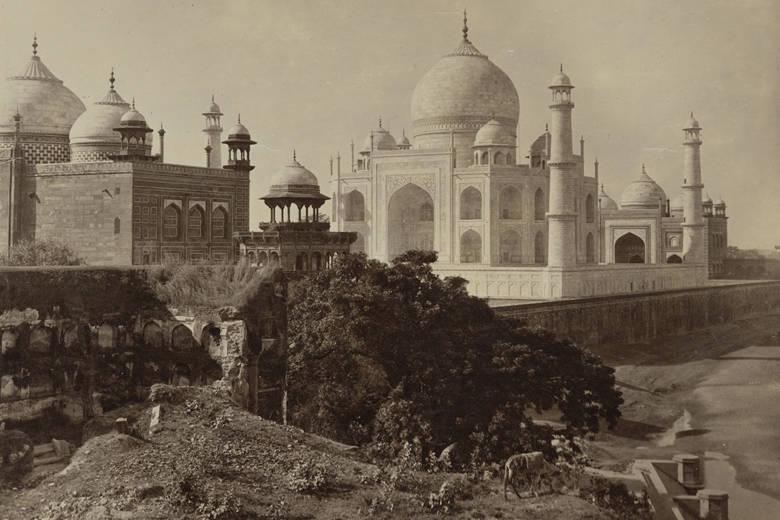 L'Inde au miroir des photographes: Voyage initiatique au Musée Guimet