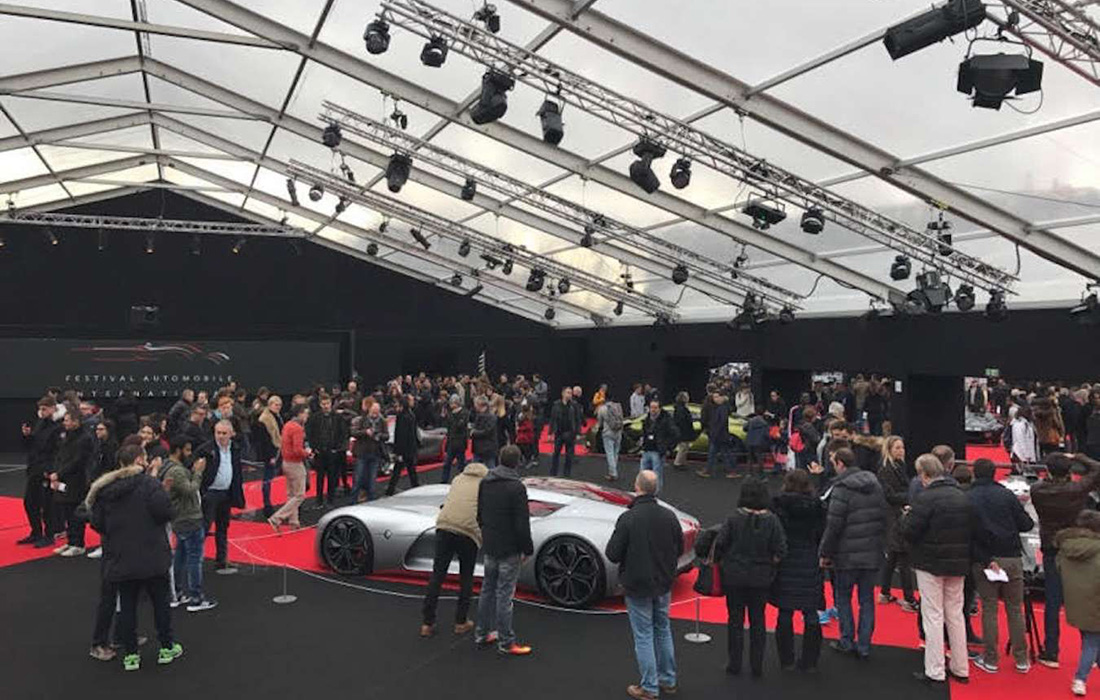 La Fashion Week de l'Automobile Arrive à Grands Pas