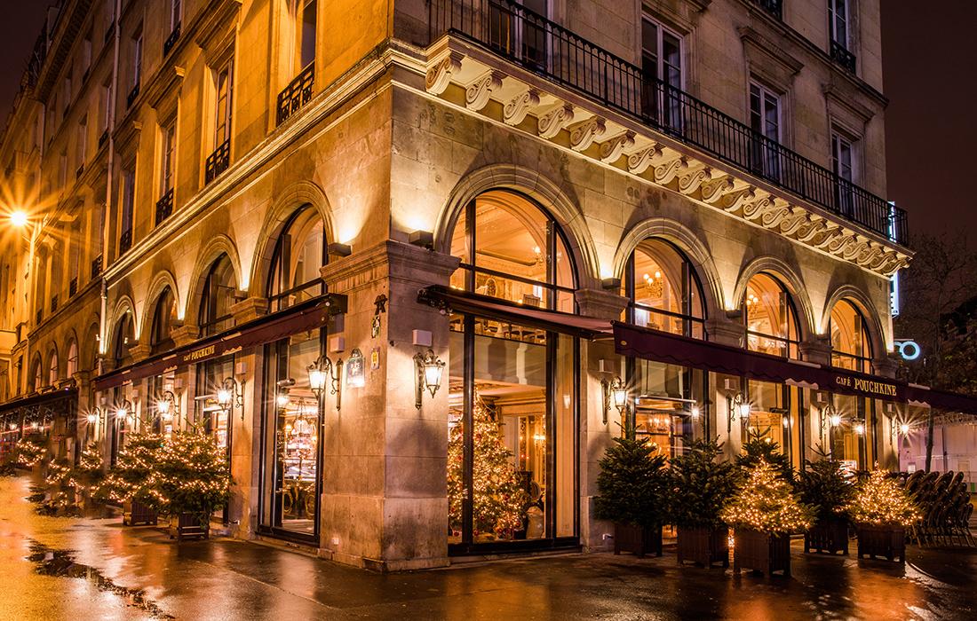 Vous aimez découvrir de nouvelles saveurs et vous adorez les expériences gustatives uniques ? Le Café Pouchkine va vous faire voyager à travers le goût de ses plats uniques et exceptionnels.