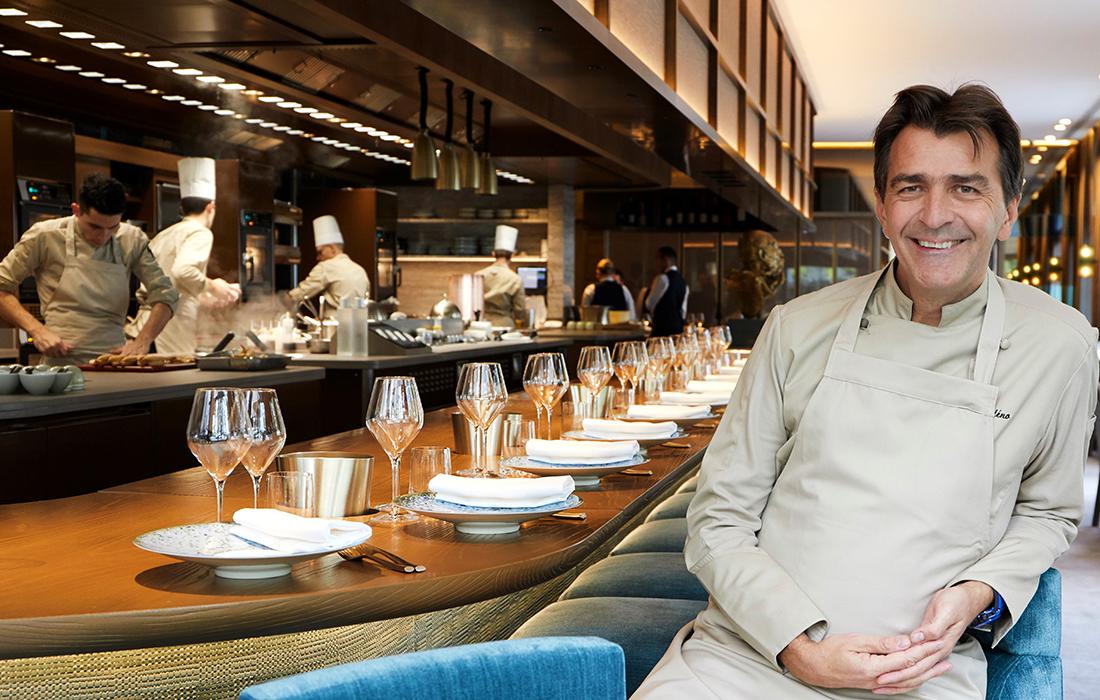 Dans la Cuisine du Chef Yannick Alléno au Restaurant Pavyllon